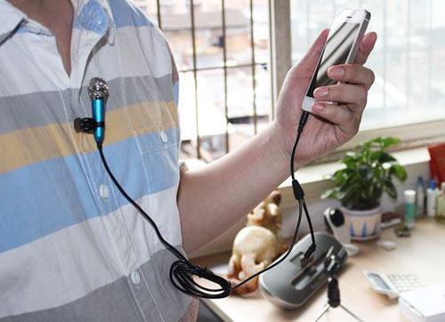 micro-hat-tren-smart-phone