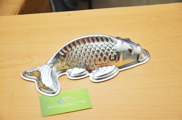Khuôn-làm-bánh-trung-thu-hình-cá