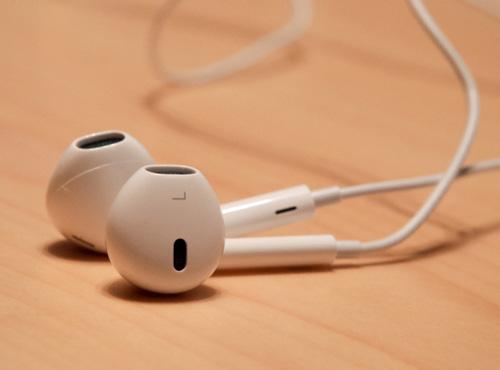 tai-nghe-cho-iphone