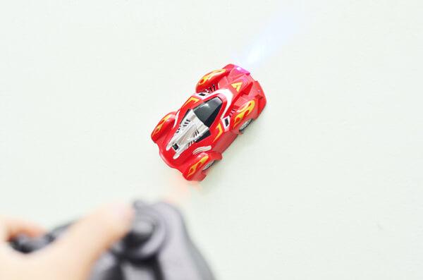 ô tô leo tường điều khiển từ xa hcm